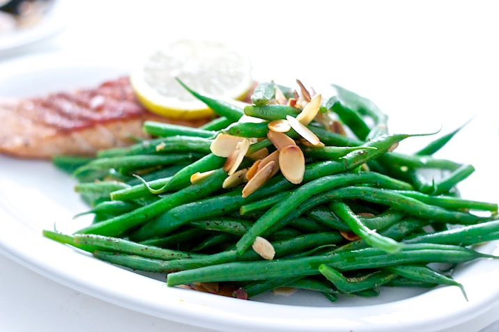 groenneboenner-brunetcitronsmoer-mandler-laks-5
